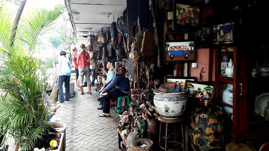 Flea Market at Jalan Surabaya