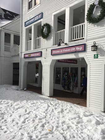 Waterville Valley, NH: Dreams & Visions Gift Shop