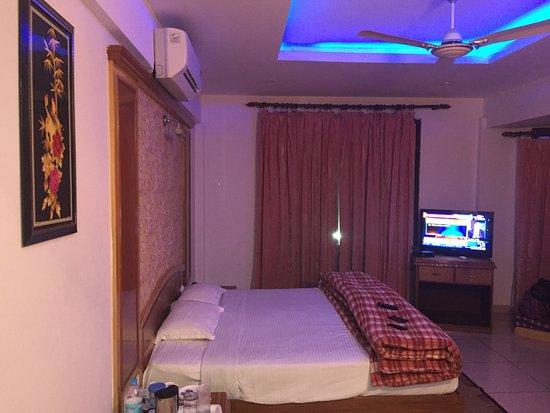 Hotel Grand Riviera