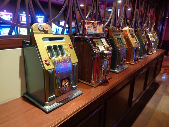 Casino at the Golden Gate Hotel: Vintage slots on display