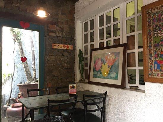 Leona -Art Restaurant: photo0.jpg