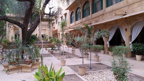 Narayan Niwas Palace: 20170204_081310_large.jpg