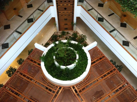 Mercure Grand Jebel Hafeet Al Ain: foyer