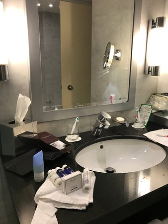 Star Hotel Setup In Bathroom Picture Of The Park Tower - Bathroom sink set up