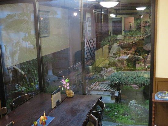 Petit Jardin Zen Picture Of Teuchi Soba Alps Matsumoto - Jardin-interior-zen