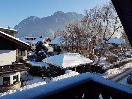 Hotel Edelweiss: נוף מהמרפסת
