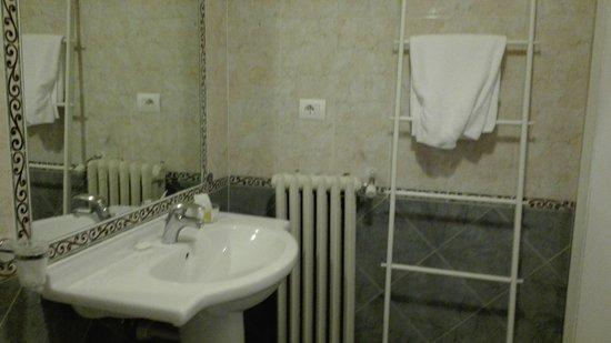 Hotel Il Poeta Dante: IMG-20170203-WA0022_large.jpg