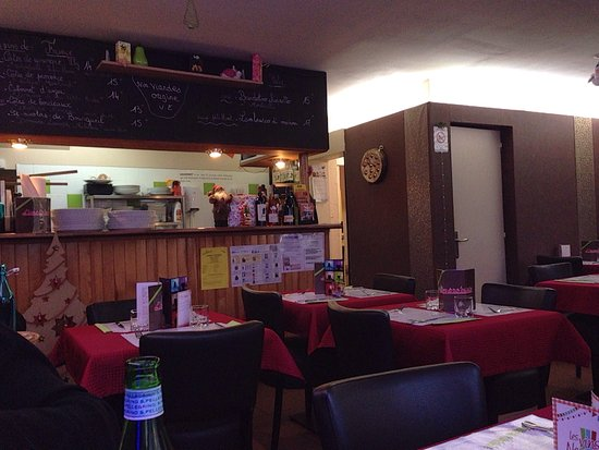 Villedieu-les-Poeles, France: L'impro'vista