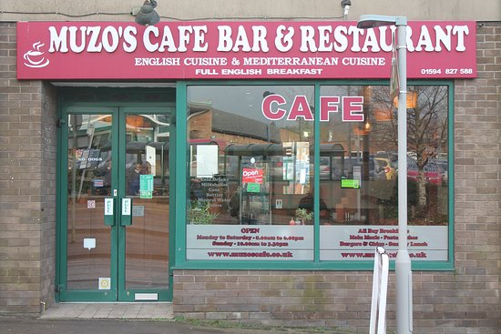 Cinderford, UK: Muzos Cafe