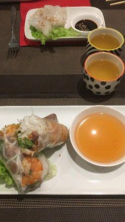 restaurant l 39 orient dans caen avec cuisine asiatique. Black Bedroom Furniture Sets. Home Design Ideas