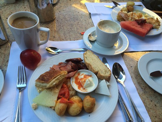 Electra Palace Athens: Very nice breakfast.
