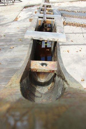 Guam Beach & Culture Park: Этно-лодка