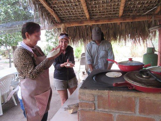 Santiago, Mexico: Lesson tortilla ranch Sierra de la Laguna