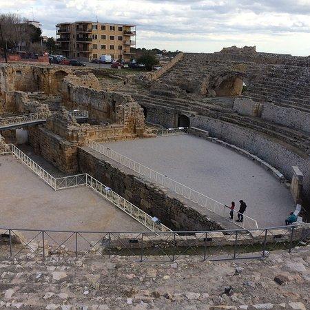 Amfiteatre: photo7.jpg