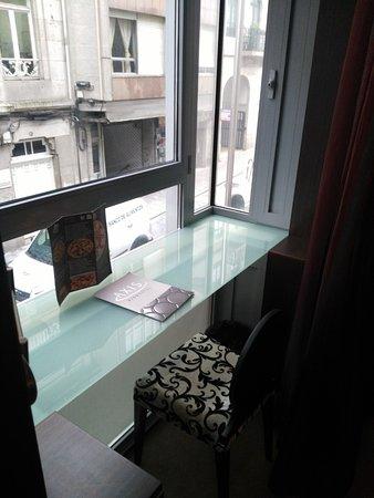 Hotel Axis: Zona muy agradable para trabajar