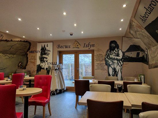 Aberdaron, UK: Stunning Interior Inside upstairs in the Coffee Shop and Bakery
