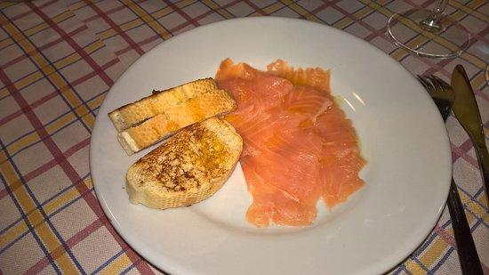 """Nebbiuno, Italia: """"Il nostro salmone affumicato"""""""