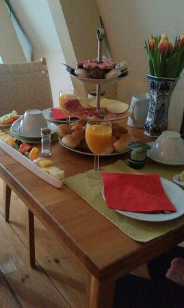 CityCenter Bed and Breakfast Amsterdam: Завтрак