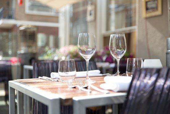 Restaurant Eetwaar: terras