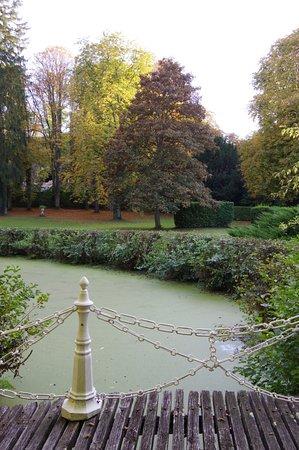 Larcay, France: Vue sur le parc