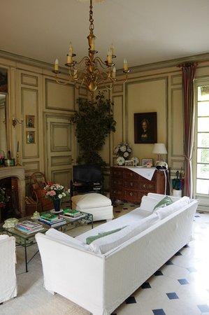 Larcay, France: Vue sur le salon