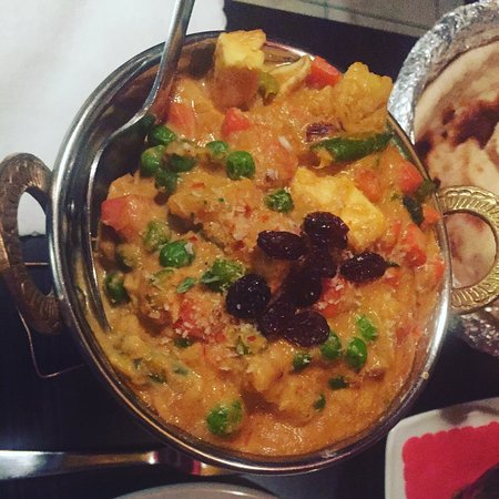 Chicken jalfrezi and vegetable korma picture of taste of india taste of india chicken jalfrezi and vegetable korma forumfinder Choice Image