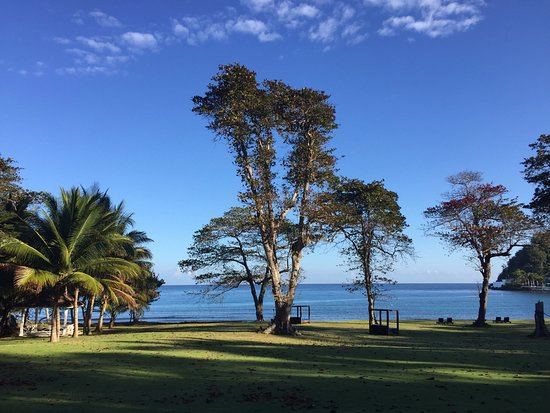 Round Hill Hotel & Villas: The view from the gym