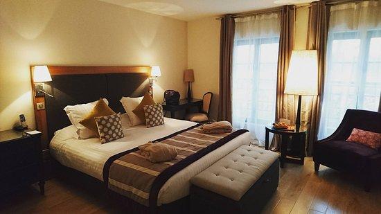 chambre deluxe - photo de le castel maintenon hotel, maintenon