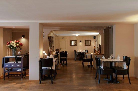 Obereisenbach, Luxembourg : Das kleine idyllische Restaurant