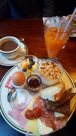 Granola: Delicious breakfast combo deal, drinks included