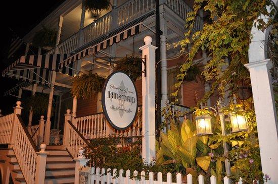 The Beaufort Inn: photo2.jpg