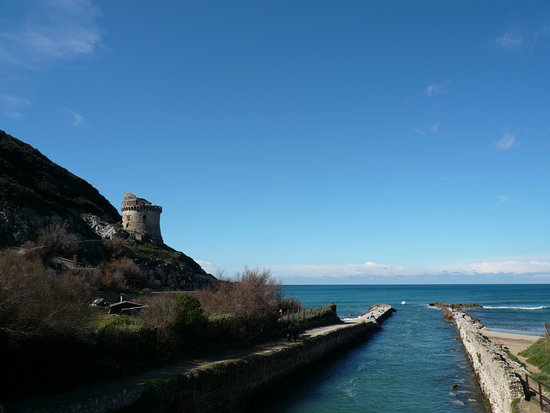 Spiaggia di Torre Paola