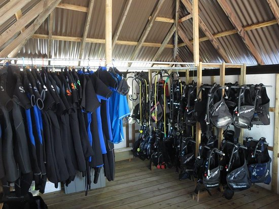 Manihi, French Polynesia: Le centre de Plongee