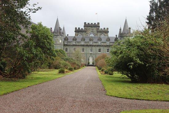 Инверарей, UK: castle in grounds
