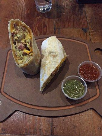 Hermosa Beach, CA: Breakfast burrito
