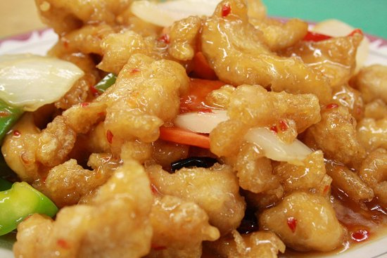 Fort Erie, Kanada: GENERAL TOA CHICKEN THAT IS AMAZING.
