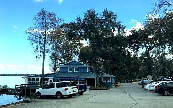 Howey in the Hills, ฟลอริด้า: J. B. Boondocks Bar & Grill