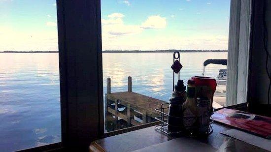 Howey in the Hills, FL: J. B. Boondocks Bar & Grill