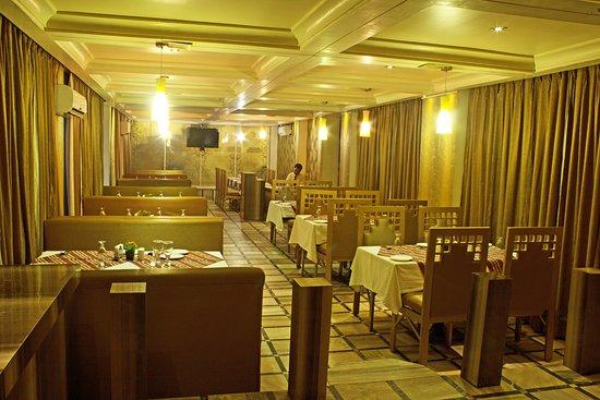 Interior - Picture of Samdareeya Hotel, Jabalpur - Tripadvisor