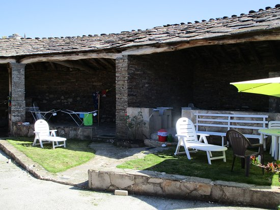 Enough space to peacefully relax and reflect on the walk from Sarria