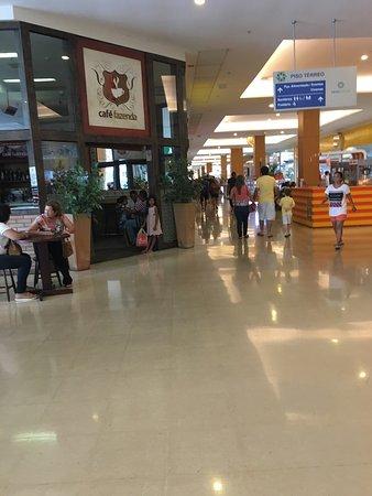 08a06f4bd Fila da Riachuelo - Foto de Shopping Pátio Maceió