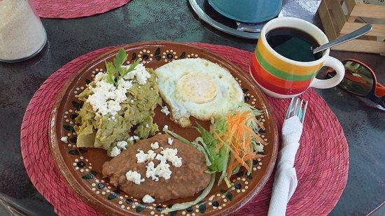 Los Chanates Cafe Restaurant: De lo mejor de café...