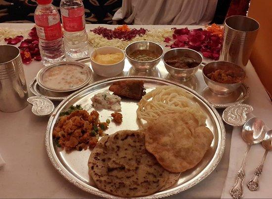 Hotel The Nagpur Ashok : Maharashtrian cuisine!!