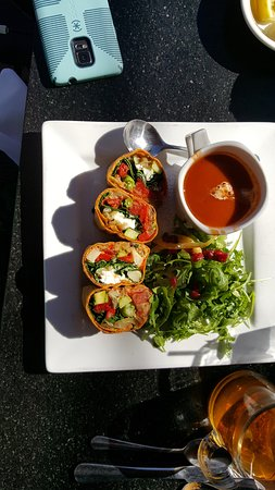 Creekside American Bistro : Veggie Wrap with tomato soup and Salad