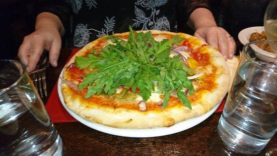 Kilmessan, Irland: Monto's Restaurant