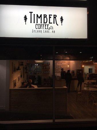 Sylvan Lake, Canada: Timber Coffee Co.