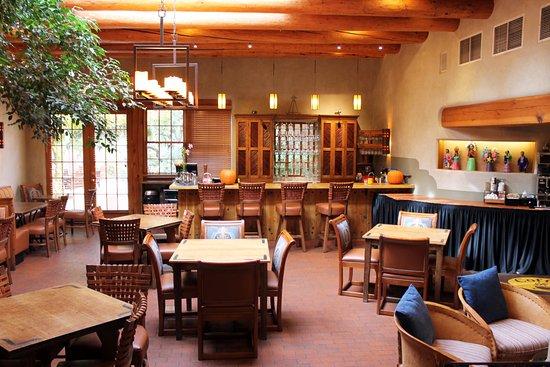 Inn on the Alameda: Breakfast room and restaurant