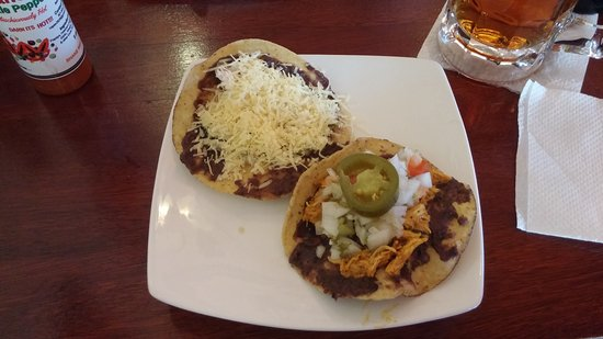 Spoonaz Photo Cafe : Salas cheese on corn tortia