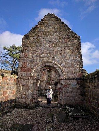 St Blane's Chapel: photo3.jpg