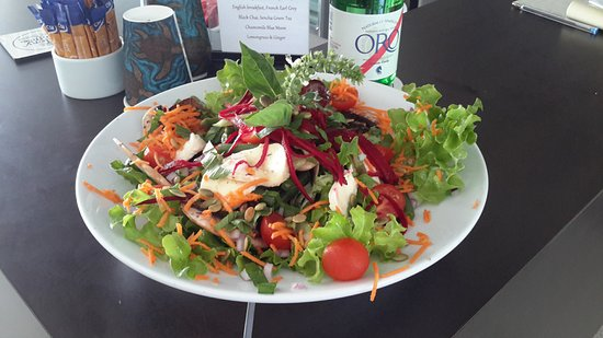 The Black Cockatoo Cafe and Bar: Summer Salad